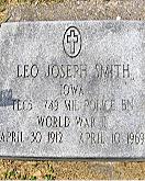 Leo Smith headstone