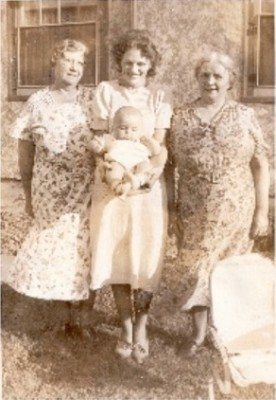 Lillian Randolph with son Henry, her mother and mother-in-law