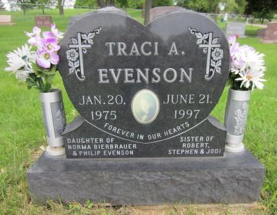 Traci Evenson headstone