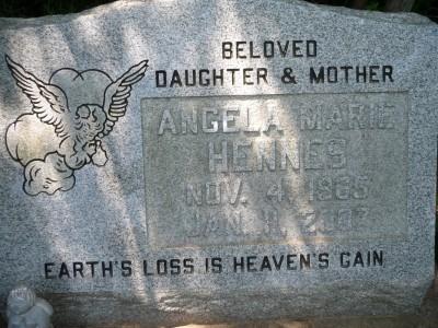 angela-hennes-gravestone-findagrave