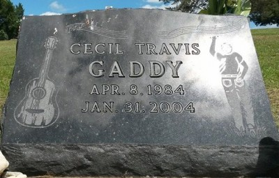 cecil-gaddy-gravestone-from-alicia