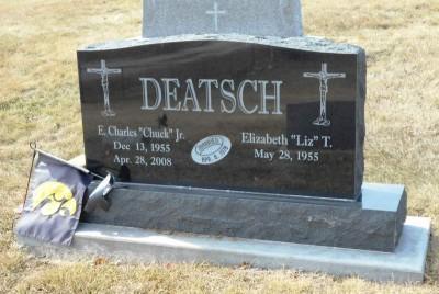 chuck-deatsch-gravestone