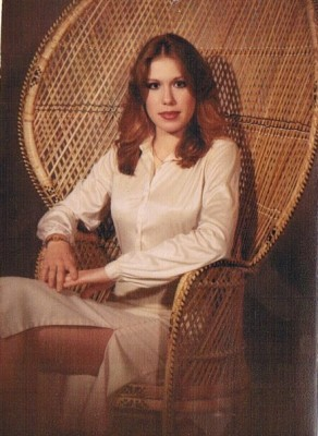 Corinne Elaine Perry senior photo (Courtesy Facebook Memorial)