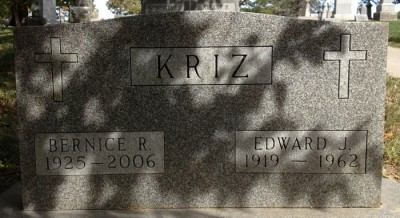 edward-kriz-gravestone