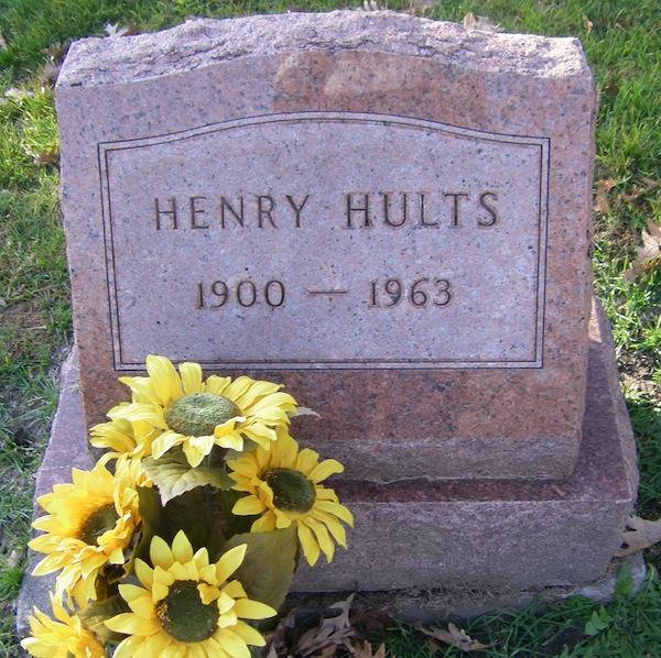 Henry Hults gravestone