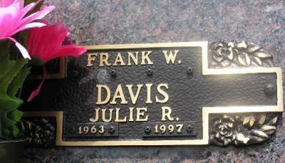 Julie Davis gravestone