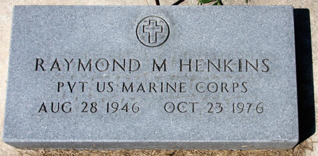 Raymond Henkins gravestone