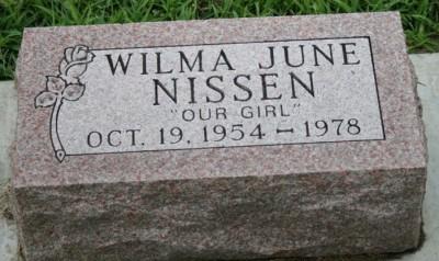 wilma-nissen-gravestone