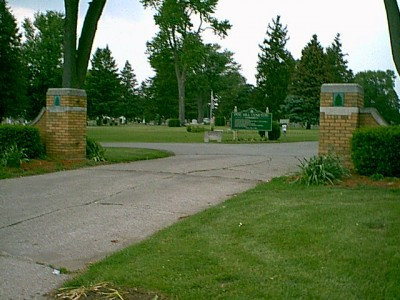 Pine Hill Cemetery in Davenport