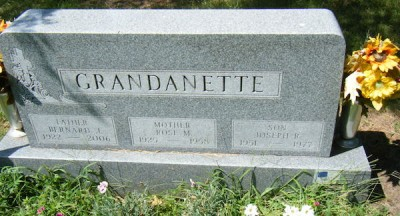 rose-grandanette-gravestone-600px