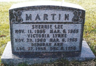 sherrie-and-victoria-martin-gravestone