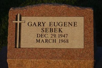Gary Sebek tombstone