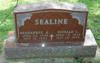 bernadene-sealine-gravestone