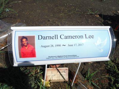 Darnell Lee gravestone